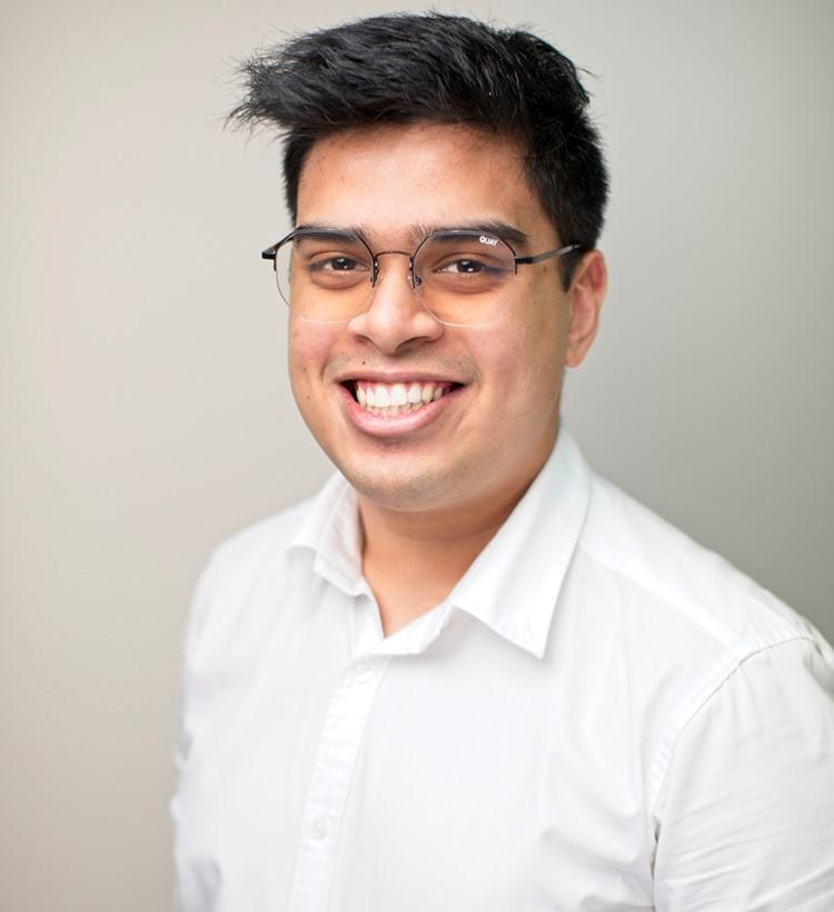 Nikhil Prakash, Greenlight Recruitment